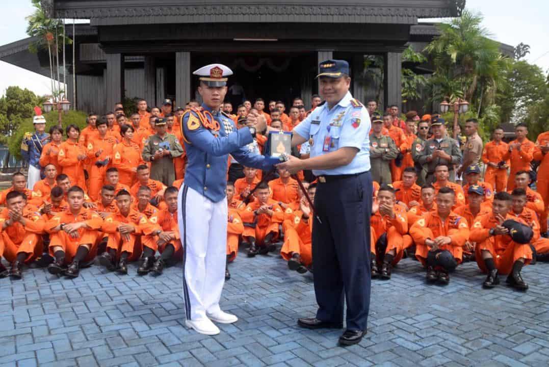 SMA se-Provinsi Kalimantan Selatan Ikuti Sosialisasi Taruna AAU di Lanud Sjamsudin Noor