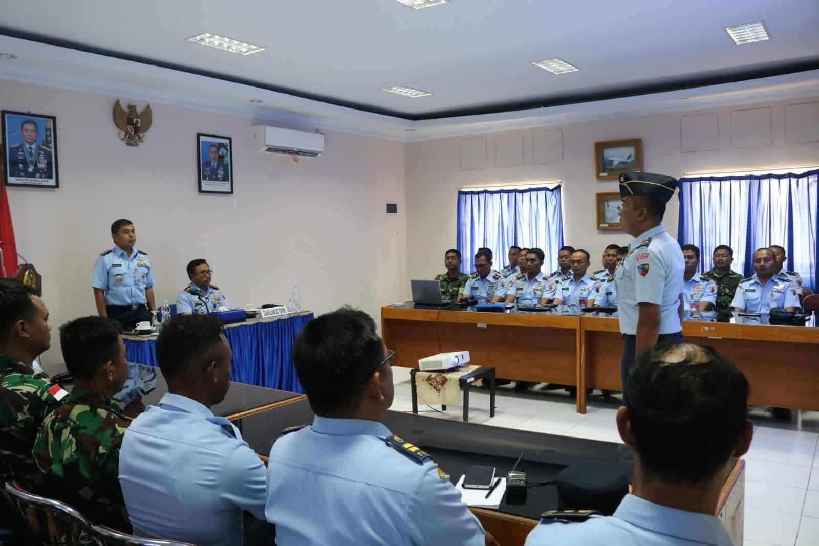 "Ceramah Kalambangja Koopsau III ""Road To Zero Accident"" di Lanud D. Dumatubun"