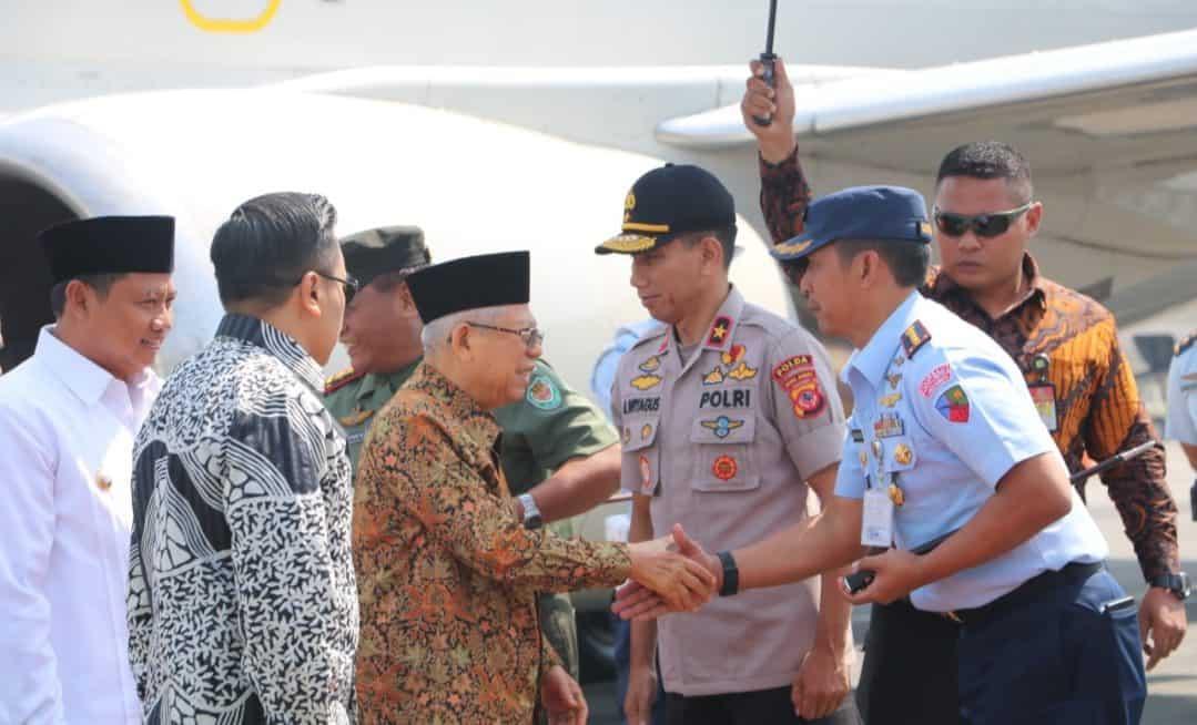 Danlanud Husein S. Sambut Kedatangan Wakil Presiden RI