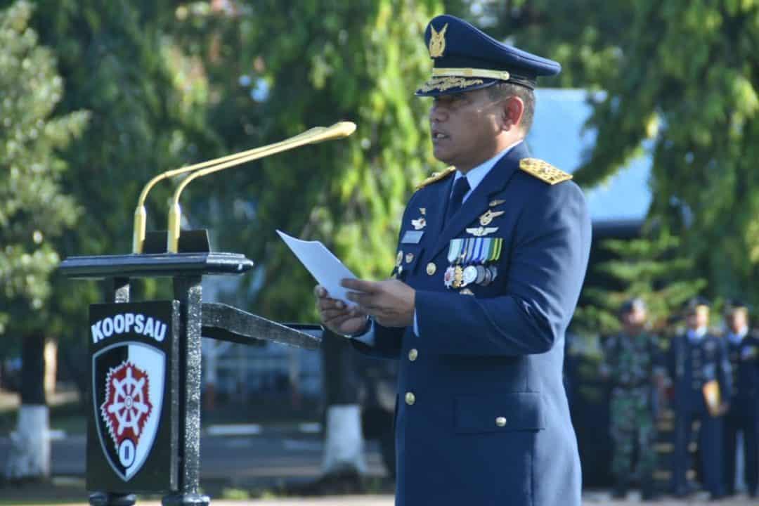 Kepala Staf Koopsau II Bertindak sebagai Inspektur Upacara pada Peringatan Hari Pahlawan di Makoopsau II