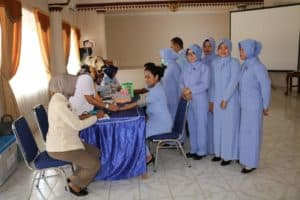 Donor Darah Dalam Rangka HUT Pia Ardhya Garini ke-63 di Lanud BNY