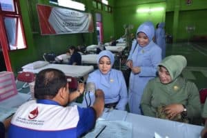 PIA AG Cab.2/ G.II Lanud Adisutjipto Ikuti Donor Darah Peringati Hari Ibu ke-91