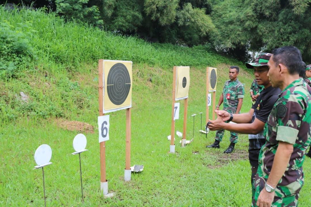 Personel Kosekhanudnas III Asah Kemampuan Dalam Latihan Menembak