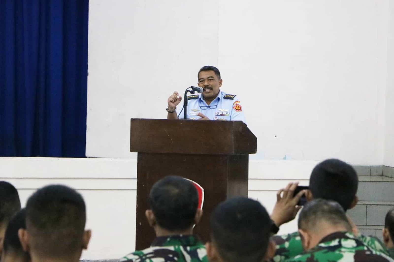 Prajurit Paskhas mengikuti Sosialisasi dari Pusrehab Kemhan