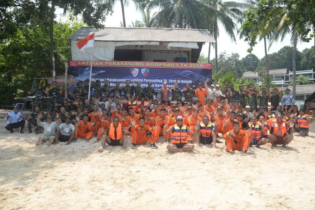 Latihan Parasailing Koopsau I Tahun 2019 Resmi Ditutup