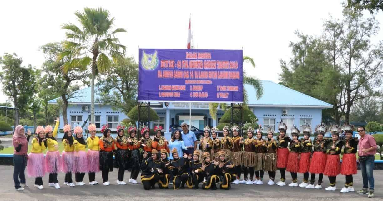 Lomba Tari Sajojo Yang Berasal Dari Daerah Papua Semarakan HUT Ke-63 PIA Ardhya Garini Di Lanud Sutan Sjahrir Padang