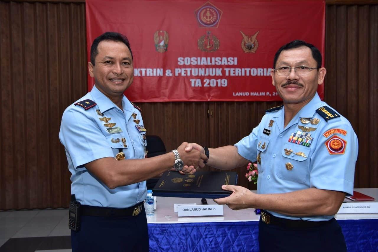 Ster TNI Sosialisasikan Doktrin Teritorial TNI di Lanud Halim Perdanakusuma
