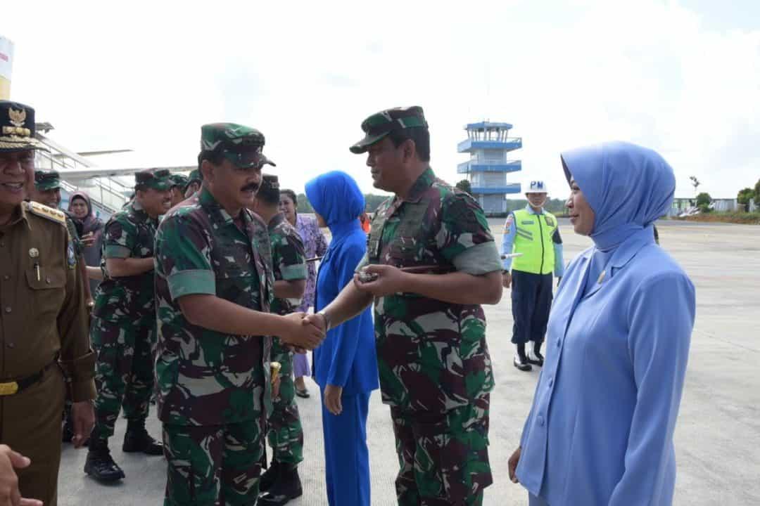 Danlanud RHF Sambut Kunjungan Panglima TNI di Tanjungpinang