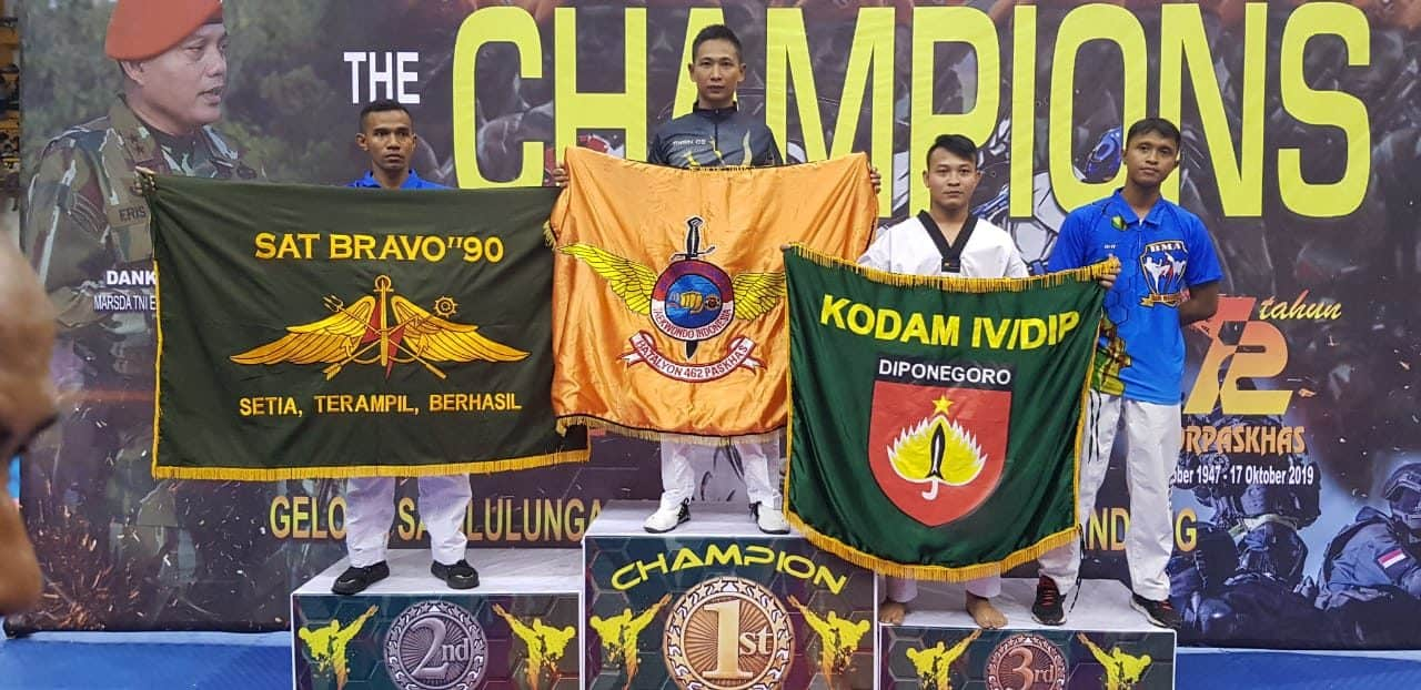 Prajurit Yonko 462 Paskhas Raih Atlit Terbaik Kejuaraan Dankorpaskhas Cup V