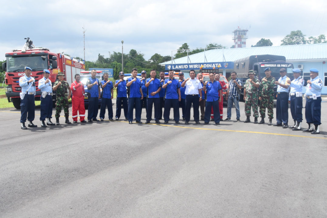 LANUD WIRIADINATA GELAR LATIHAN CRASH TEAM