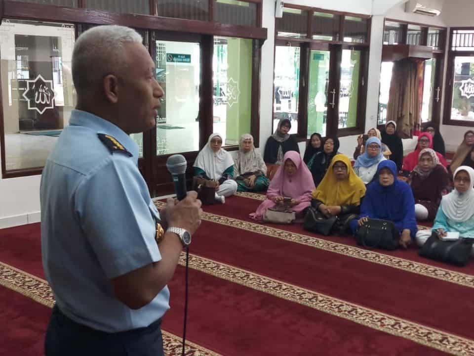 Kadiswatpersau Buka Manasik Haji Timlak Urhaj TNI AU