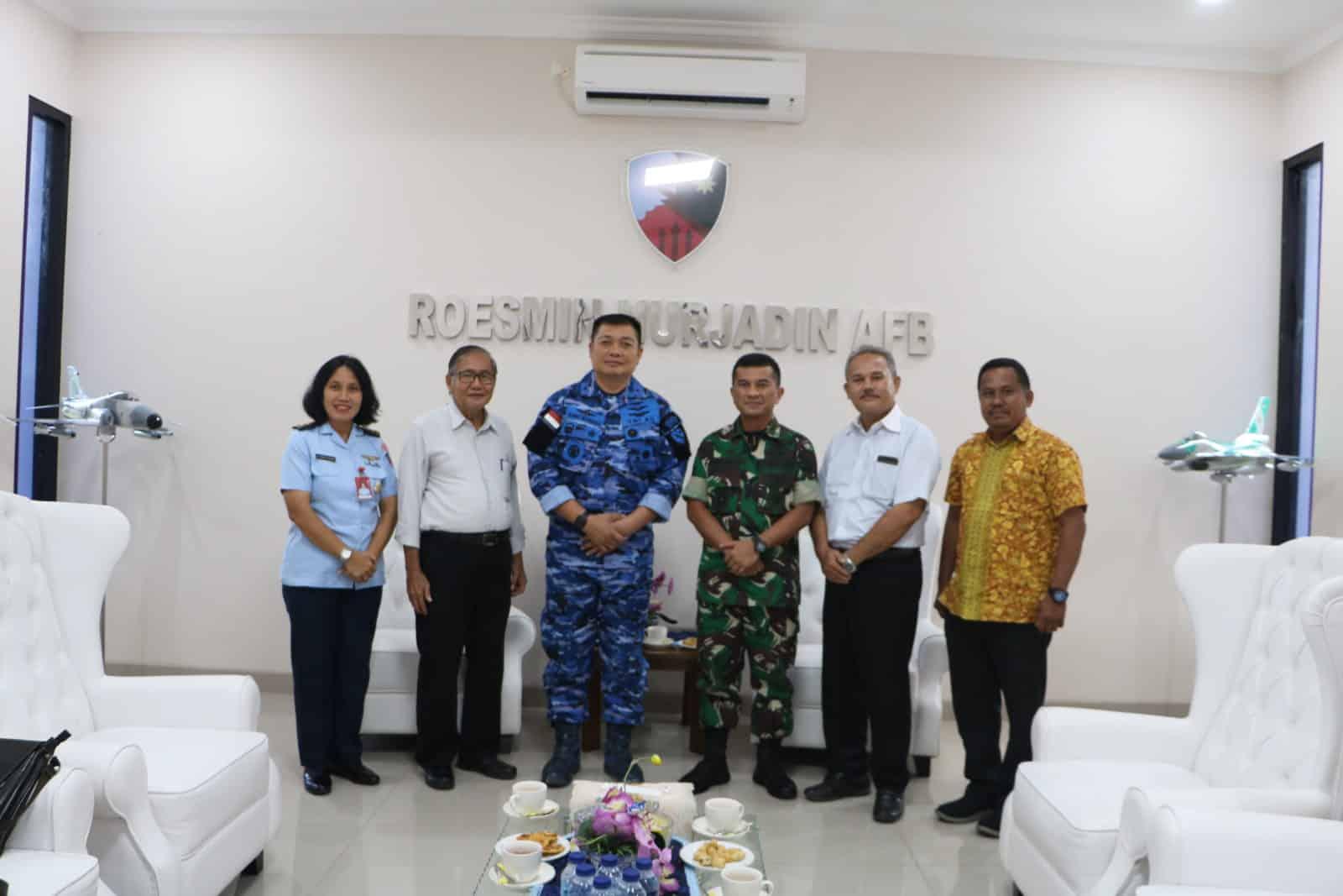 Danlanud Rsn Terima Kunjungan Panitia Natal Prov Riau 2019