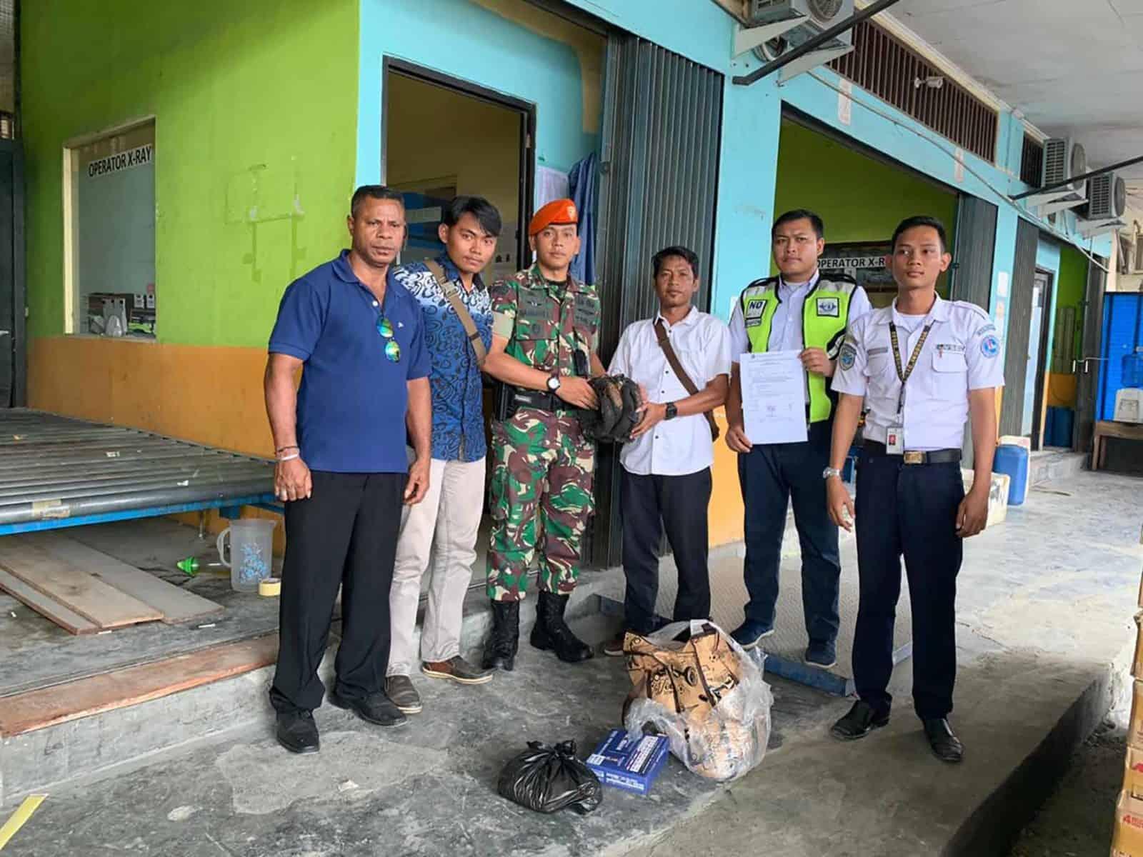 Satgas Pamrahwan Yonko 462 Paskhas Gagalkan Penyelundupan Narkoba