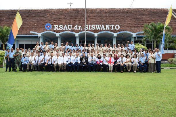Survey Verifikasi II Akreditasi Rumah Sakit Versi 2012 Oleh Kars (Komisi Akreditasi Rumah Sakit) di RSAU dr. Siswanto