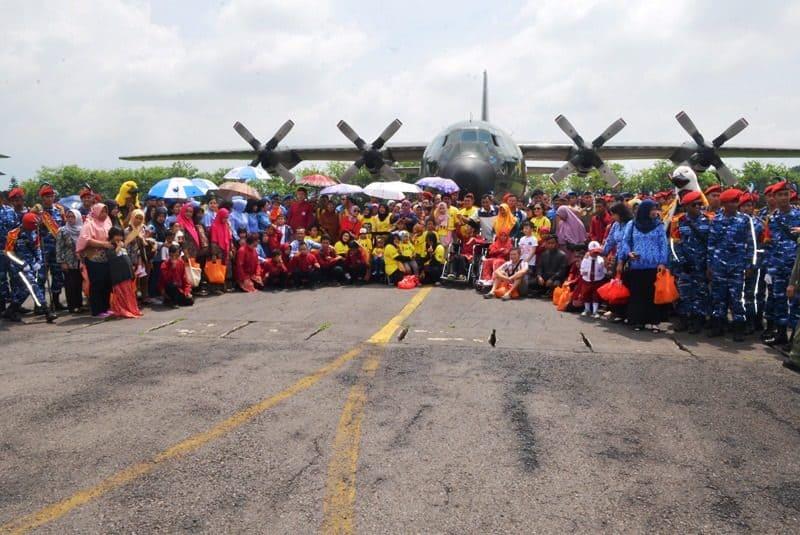 Skadron Udara 32 Lanud Abdulrachman Saleh Malang Gelar Doa Bersama dan Terbang Gembira