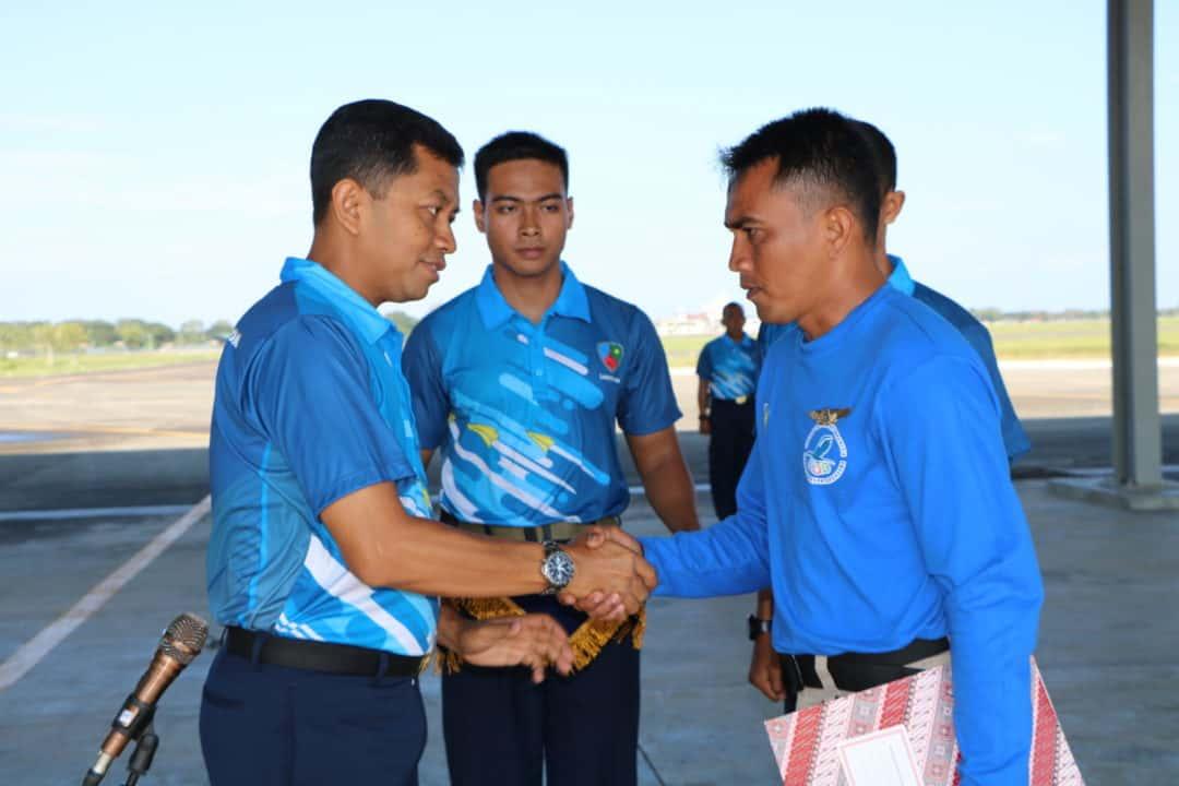 Danlanud SIM Tutup Pelatihan Paralayang