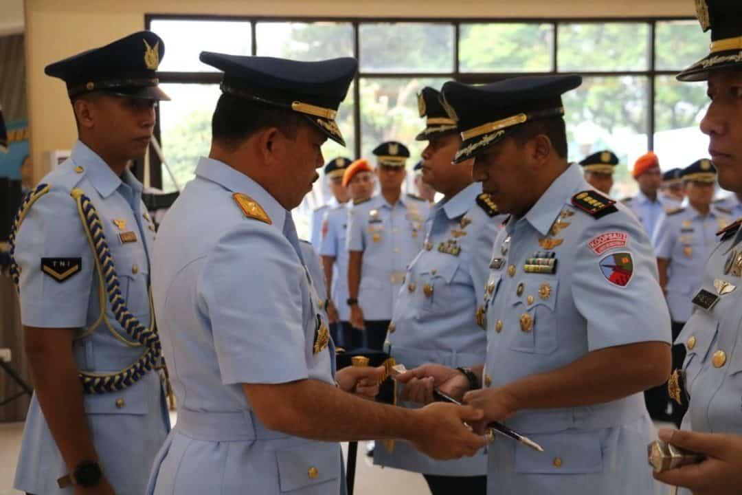 Jabatan Danlanud Sri Mulyono Herlambang dan Wiriadinata Diserahterimakan