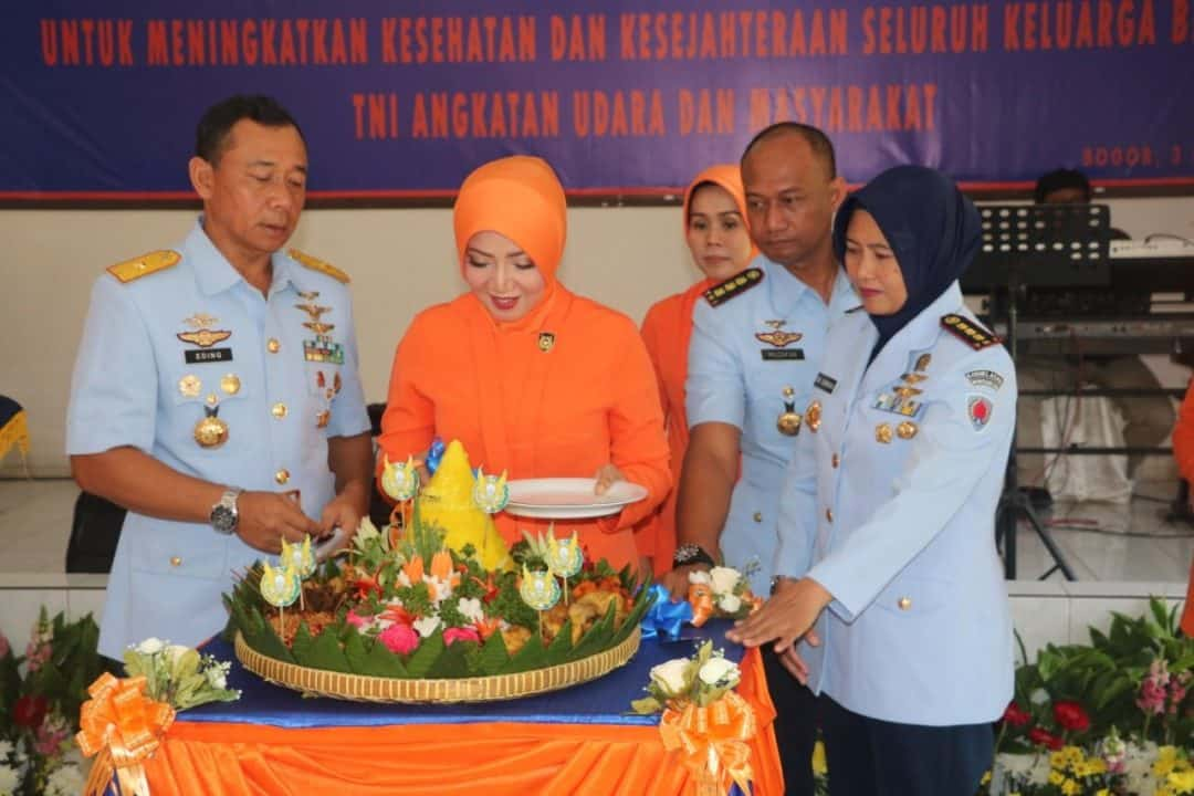 Syukuran HUT ke-63 PIA Ardhya Garini di Lanud Atang Sendjaja