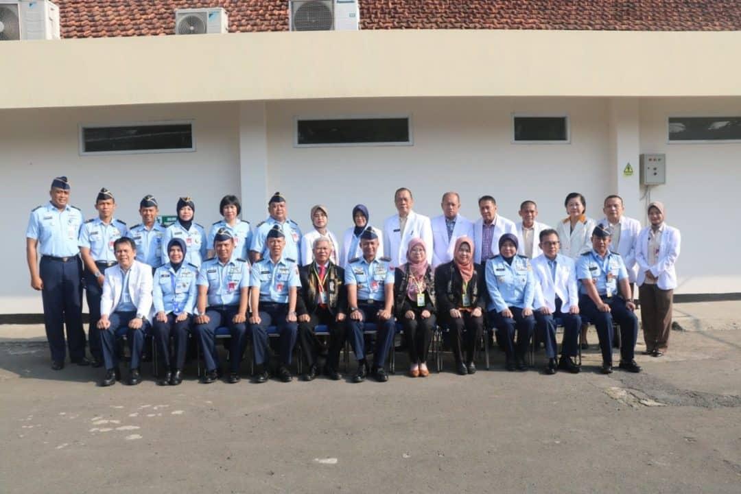 Tim Surveyor Laksanakan Akreditasi SNARS RSAU dr. M. Hassan Toto Lanud Atang Sendjaja