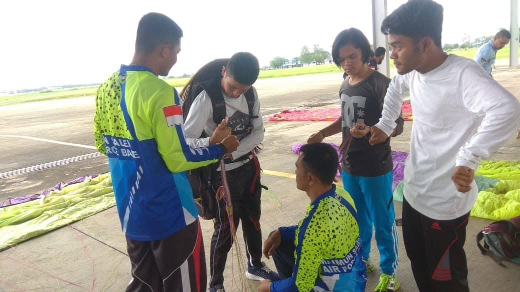 FASI kota Sabang Mengirimkan 2 Personil Lanud Maimun Saleh Guna Mengikuti Pelatihan Paralayang.