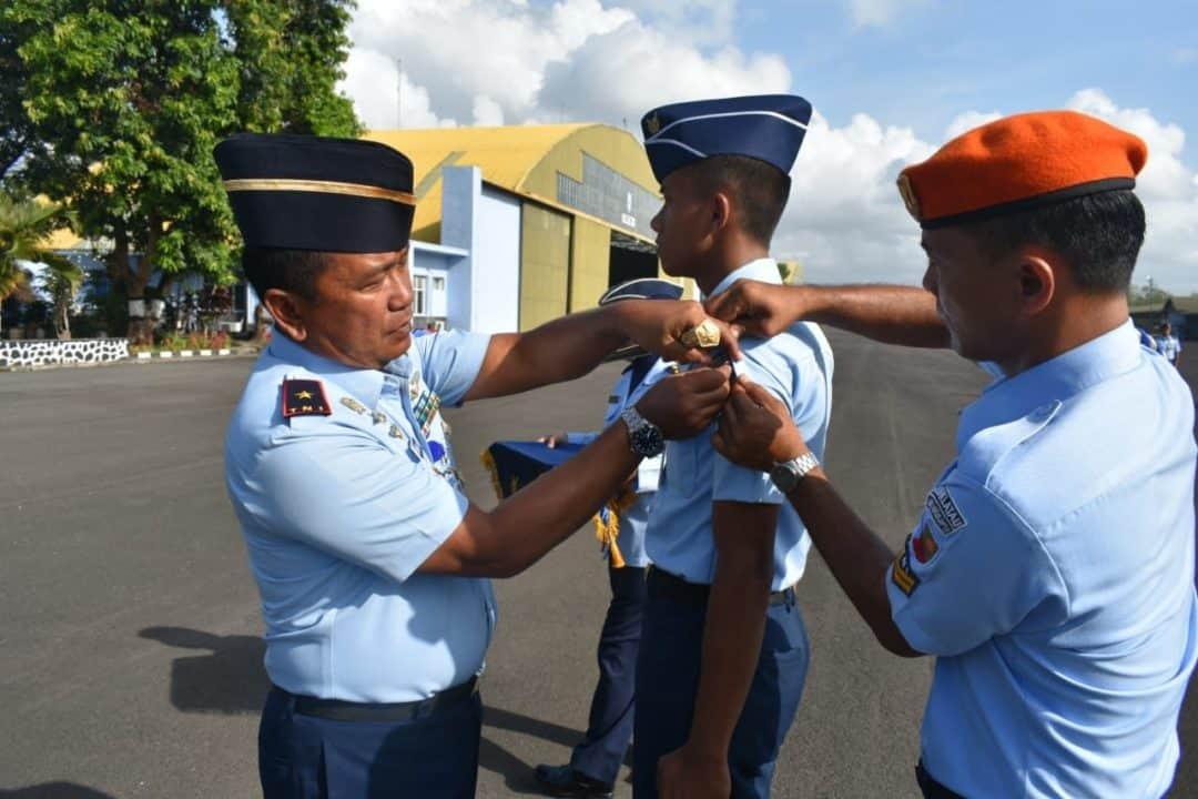 Upacara pembukaan Latihan Kerja 1 Spesialisasi Perawatan Mesin Turbo Prop Pesawat G-120 TP-A Grob bagi Bintara Angkatan 42 di Lanud Adisutjipto