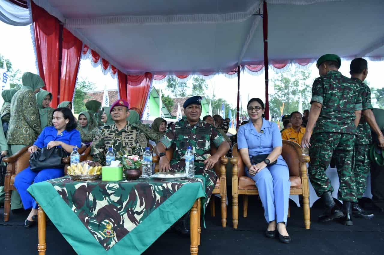 Danlanud Adisutjipto beserta Ibu hadiri Peringatan Hari Juang TNI AD Tahun 2019