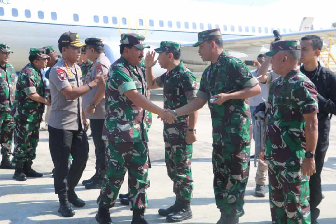 PANTAU KEAMANAN, DANLANUD MULJONO TERIMA KEDATANGAN PANGLIMA TNI