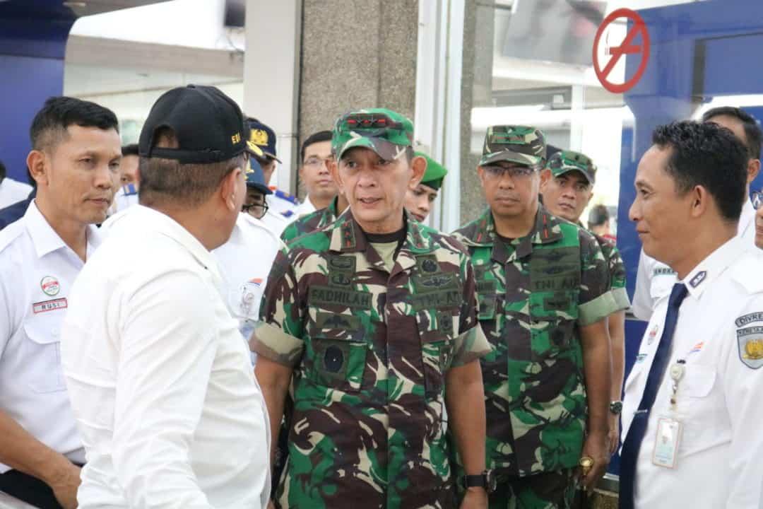 Panglima Kosekhanudnas III Turut Dampingi Gubsu Pantau Peninjauan Udara Transportasi Nataru 2019/2020