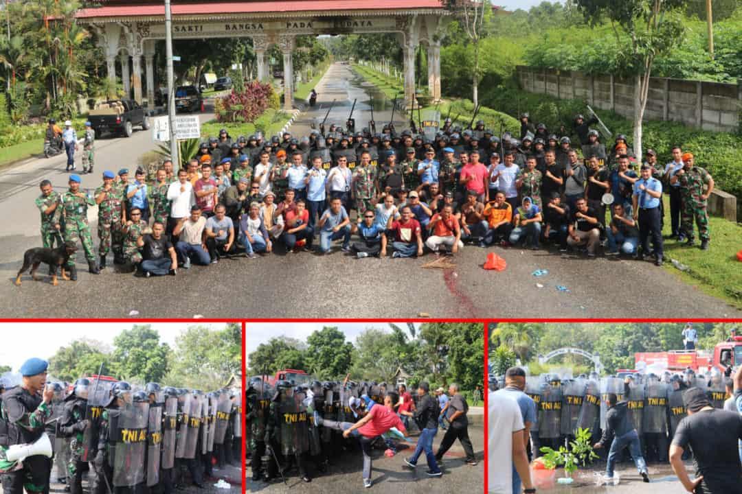 Ratusan Pendemo Kepung Pintu Gerbang Kargo Bandara SSK II