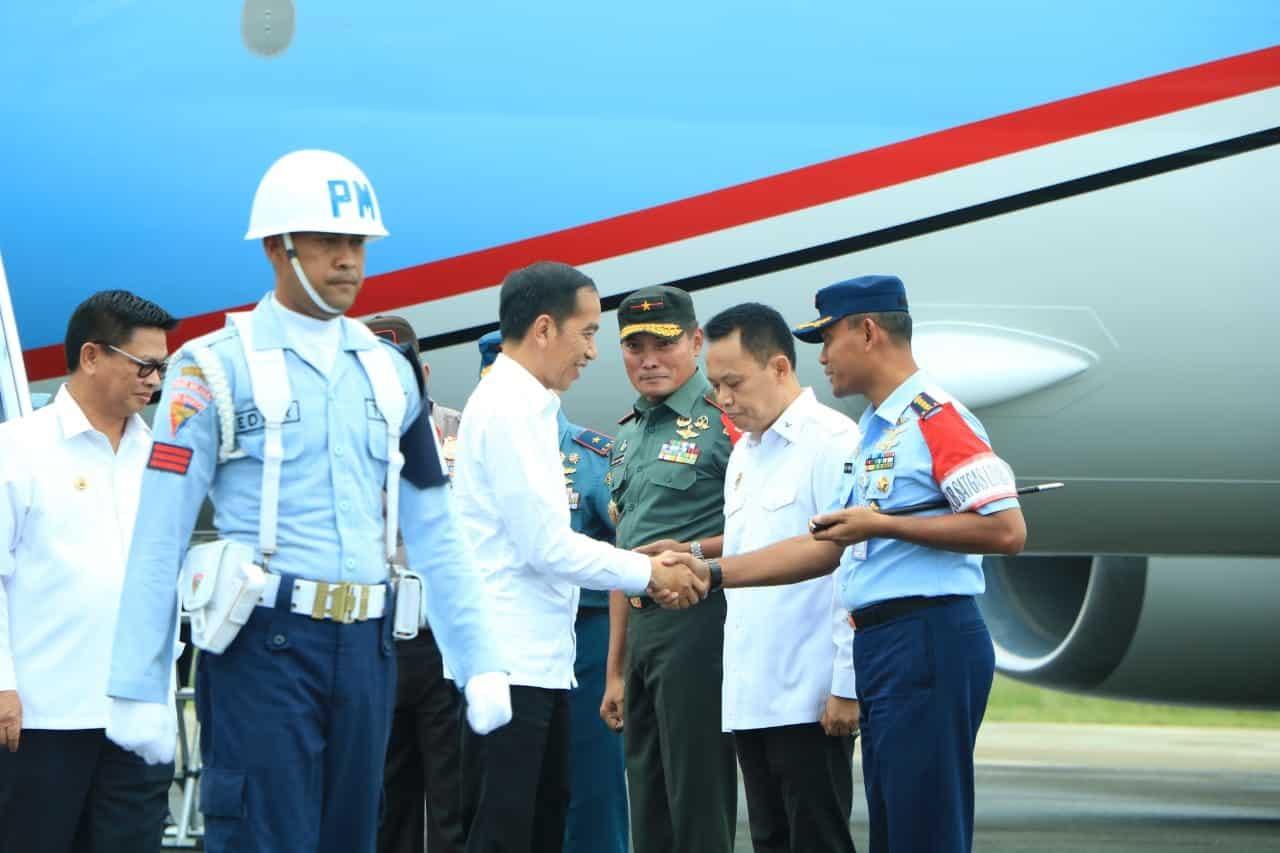 Danlanud Anang Busra Sambut Kedatangan Presiden RI Ir Joko Widodo Kunjungan Kerja di wilayah Kalimantan Utara