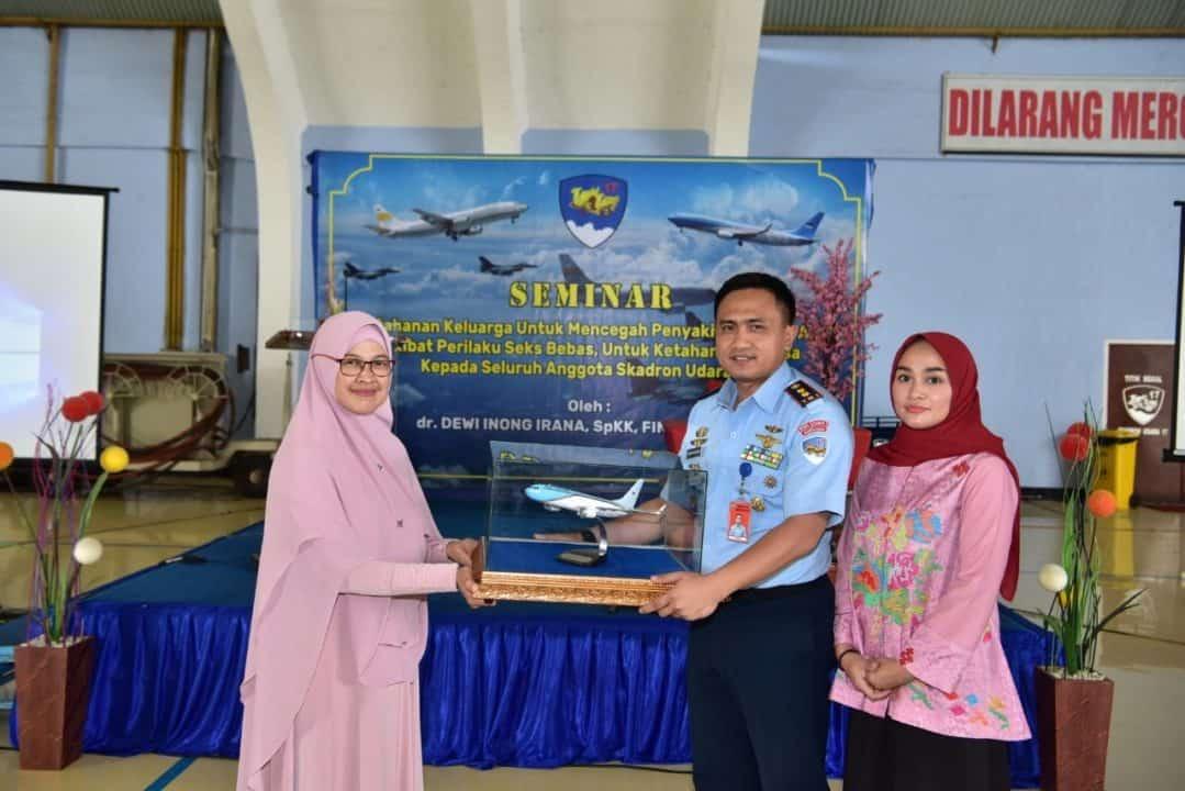Anggota Skadron Udara 17 Lanud Halim Perdanakusuma Ikuti ceramah HIV/AIDS