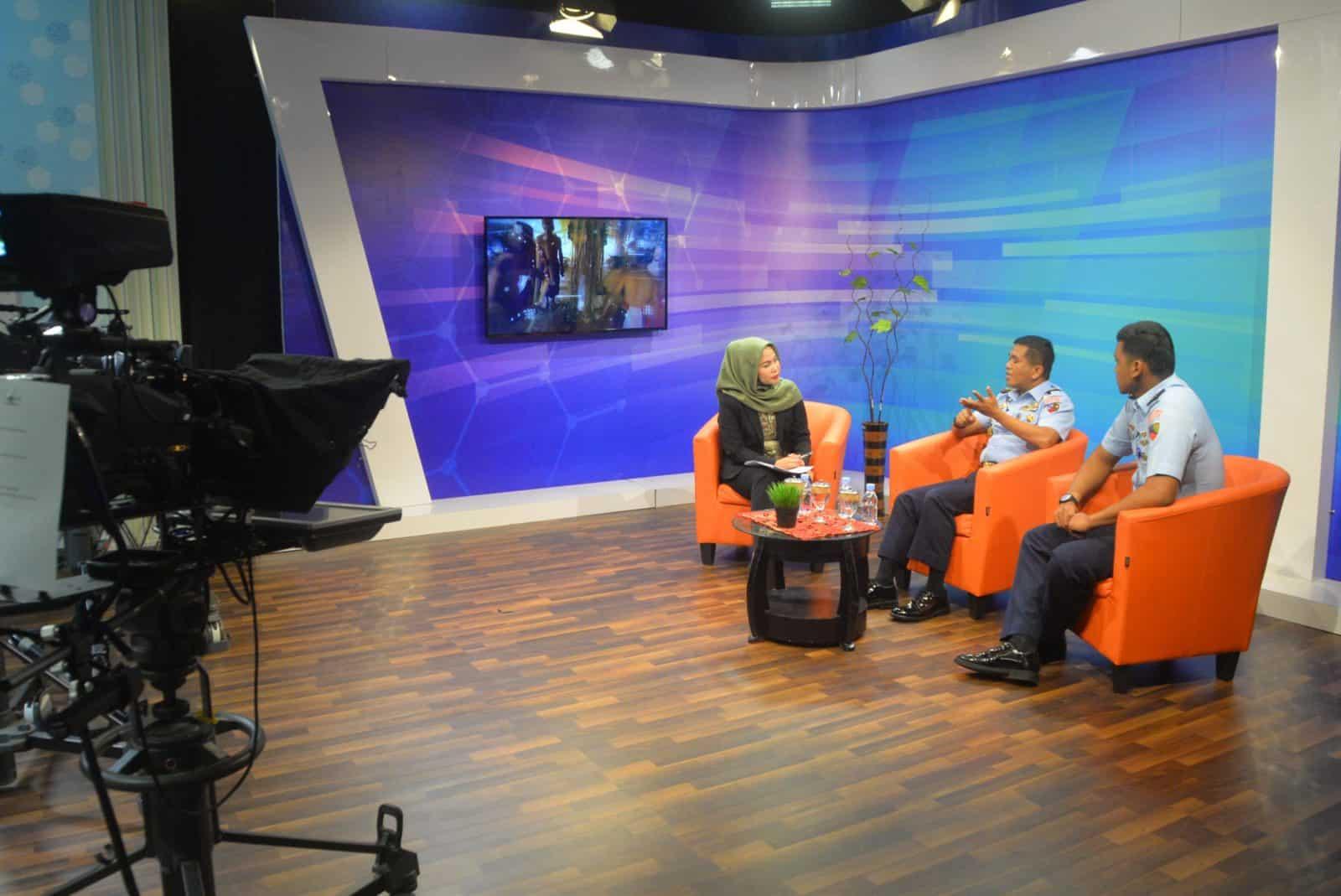 Komandan Lanud Sjamsudin Noor Dialog Live Interactive di TVRI Kalimantan Selatan