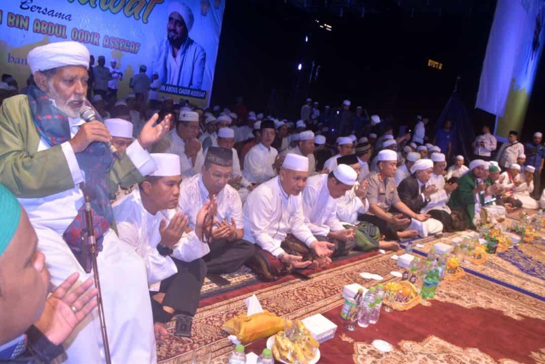 Komandan Lanud Sjamsudin Noor Hadiri Kalsel Bersholawat Bersama Habib Syech