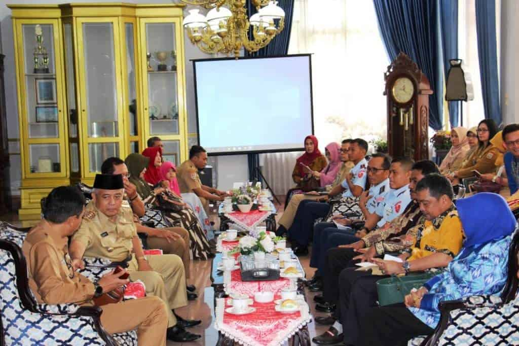 Pejabat TNI AU dan Lanud Abdulrachman Saleh Hadiri Audensi Bupati Belitung ke Bupati Malang Tentang Usulan H. AS Hananjoeddin Sebagai Pahlawan Nasional