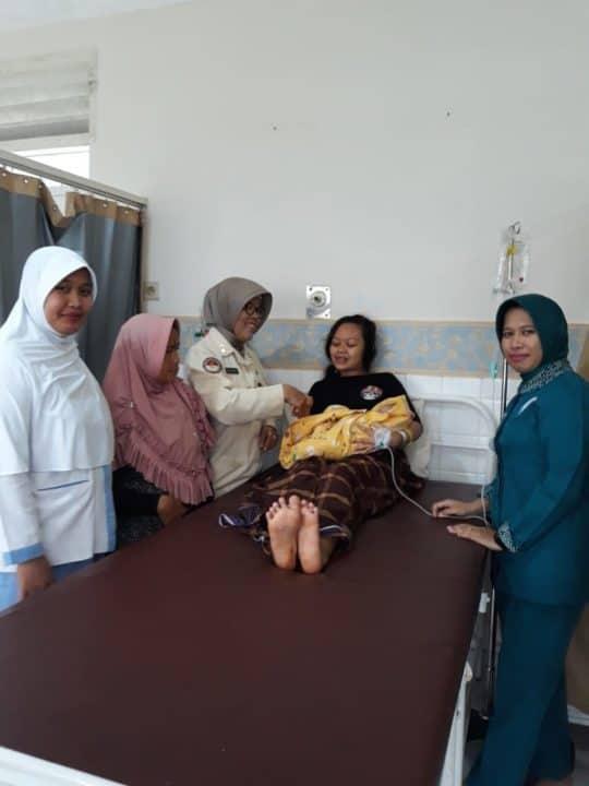 Pasien Korban Bencana Melahirkan di RSAU dr. M. Hassan Toto Lanud Ats