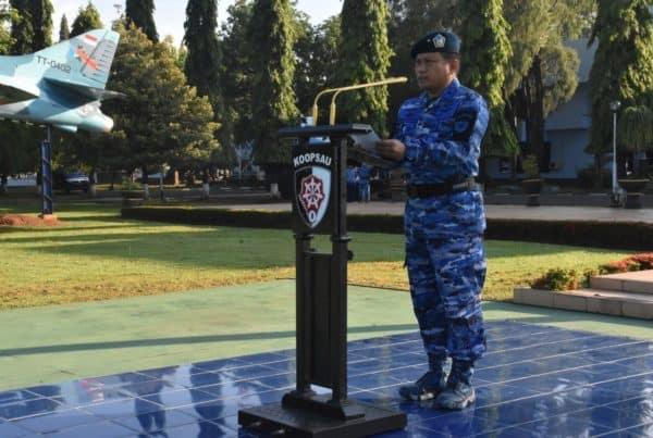 Kepala Staf Koopsau II Bertindak sebagai Inspektur Upacara
