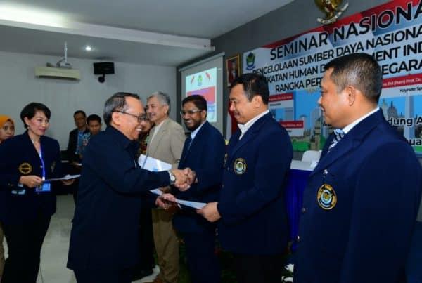Forkom Pasca Sarjana Unsurya Gelar Seminar Nasional Human Development Index