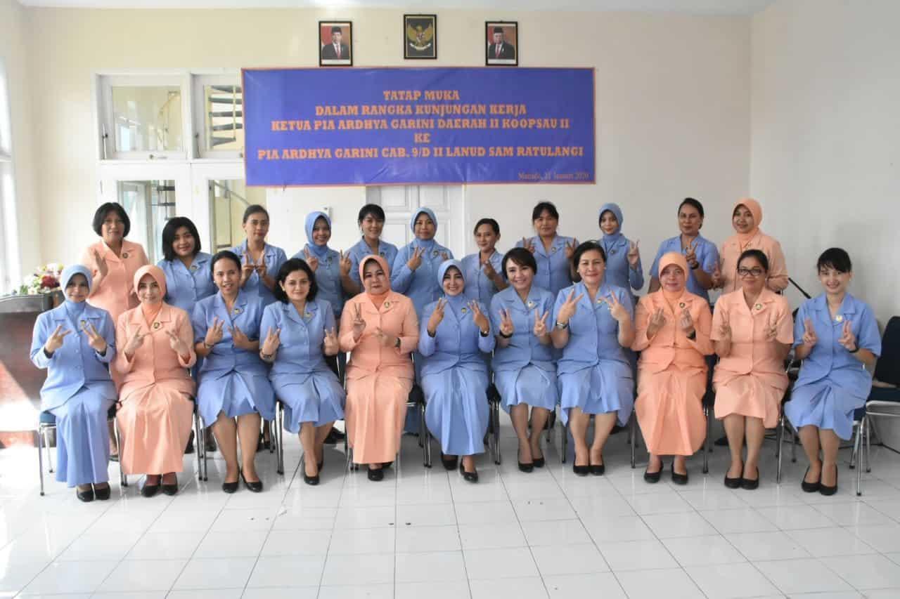 Kuker Ketua PIA Ardhya Garini Daerah II Koopsau II Di Lanud Sam Ratulangi