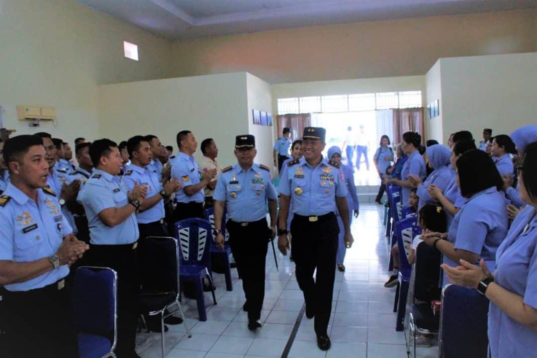 Pengarahan Pangkoopsau II Kepada Keluarga Besar Lanud Sam Ratulangi