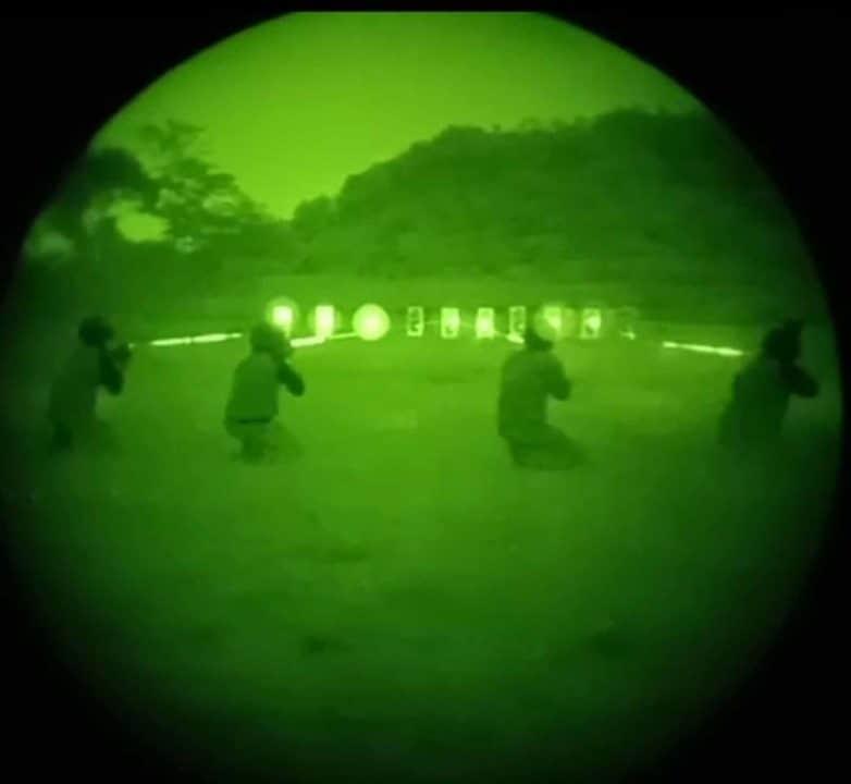 Denmatra 2 Paskhas Latihan Menmbak dengan Thermal Weapon Sight, NVG & IR Laser