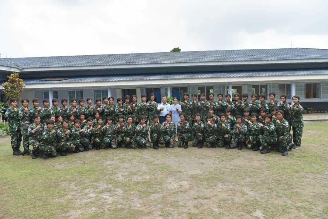 Danlanud Adisutjipto beserta Ibu Imel Bob H. Panggabean tatap muka dengan siswa Semaba PK Wanita TNI Angkatan 44