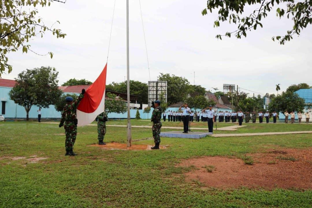 Apel Khusus Tahun Baru 2020 dan Upacara Bendera Senin Awal Tahun 2020 di Lanud Sjamsudin Noor