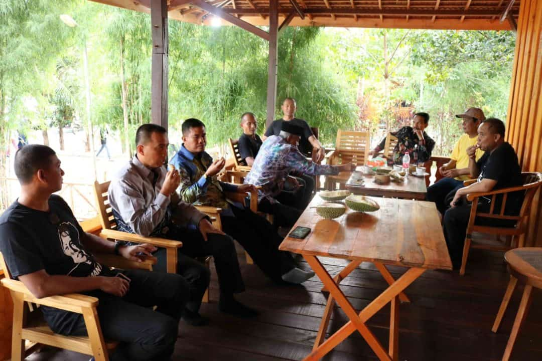 Komandan Lanud Sjamsudin Noor Hadiri Festival Durian Kalsel 2020