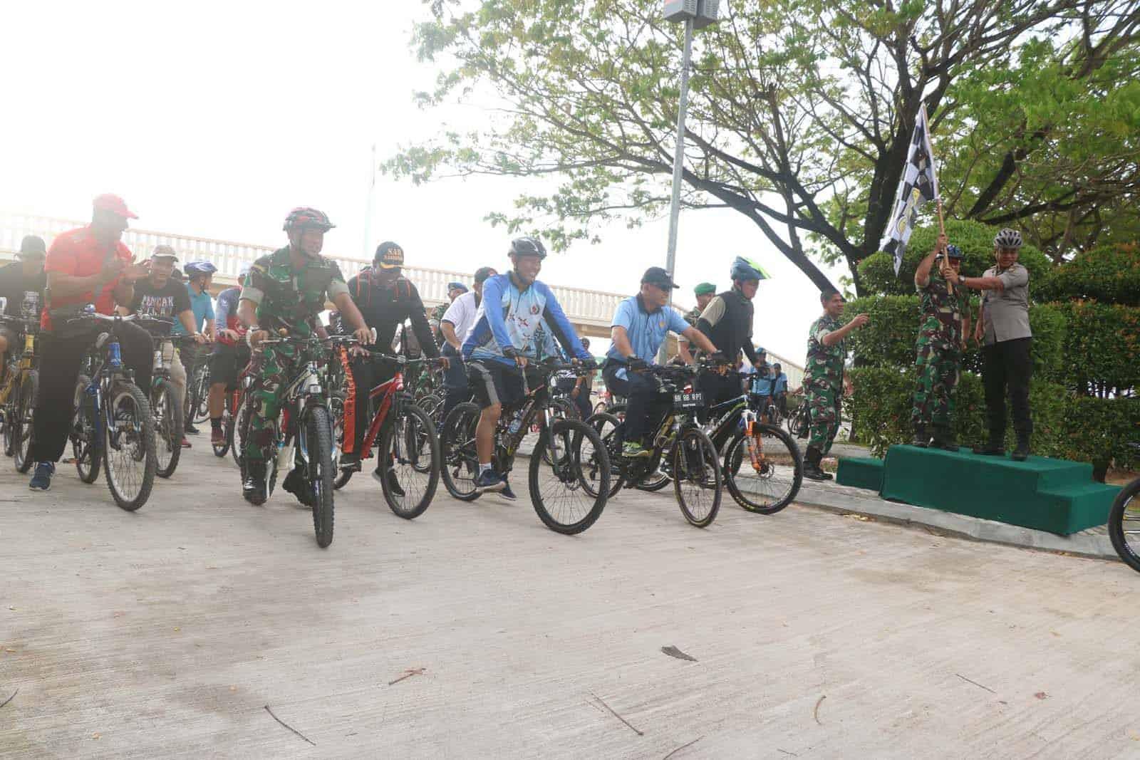 Sepeda Sehat Bersama TNI/Polri di Natuna