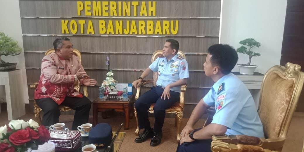 Courtesy Call Komandan Lanud Sjamsudin Noor ke Walikota Banjarbaru
