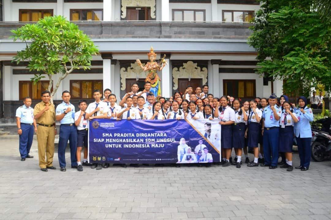 Lanud I Gusti Ngurah Rai Mencari Generasi Muda Terbaik Bangsa Untuk Bergabung SMA Pradita Dirgantara.