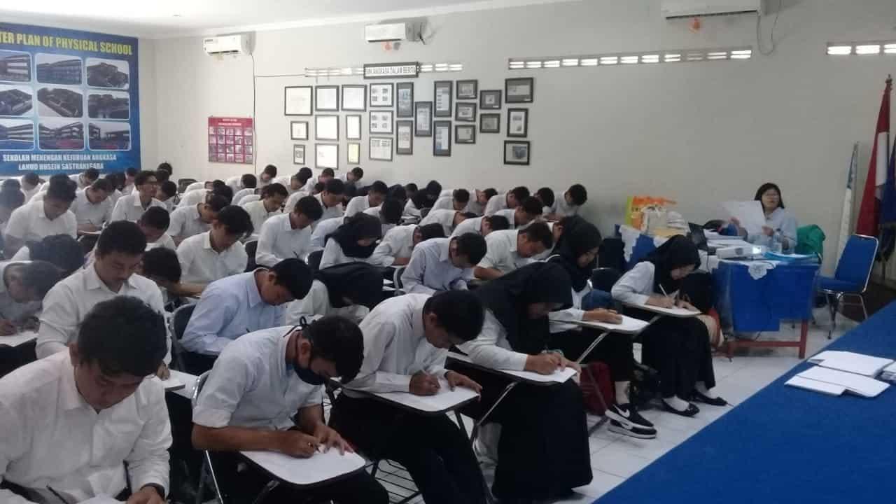 400 Alumni Siswa Siswi SMK Angkasa Ikuti Rekrutmen Penerimaan PT. Kalbe Farma
