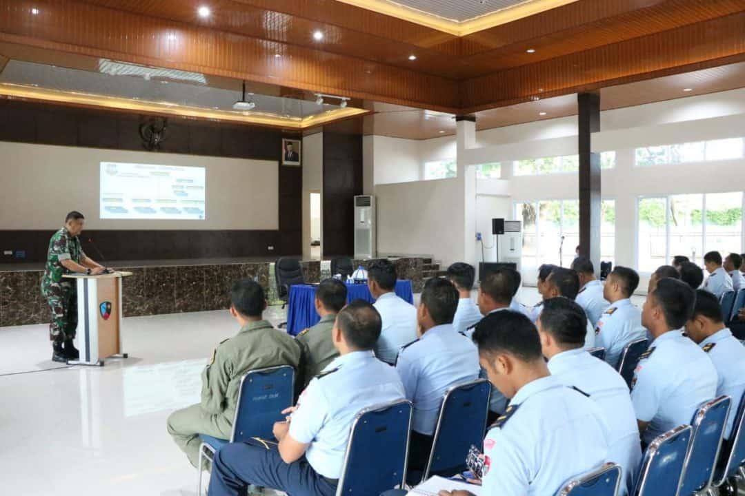 Sosialisasi Progja Kasubdisbinprof Pnb di Lanud Sultan Hasanuddin
