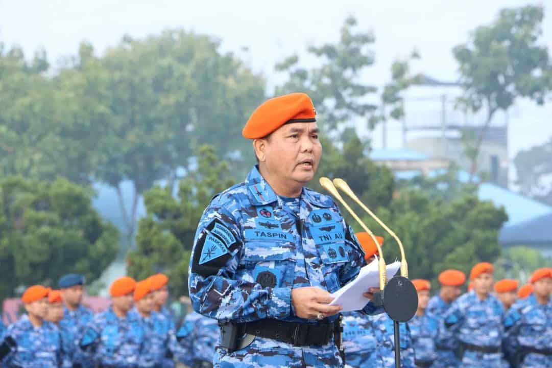 Wadankorpaskhas : Pimpin Upacara Bendera 17-an