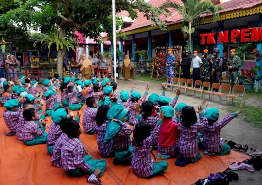 Yonko 462 Paskhas Berikan Pemahaman Profesi TNI Sedari Dini